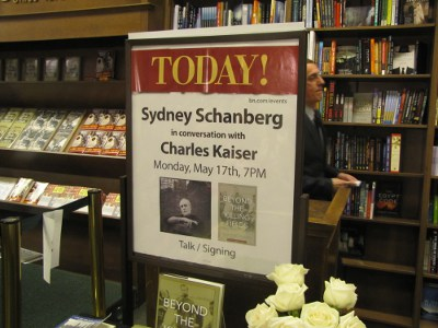 Barnes & Noble hosts Syd Schanberg for Beyond the Killing Fields